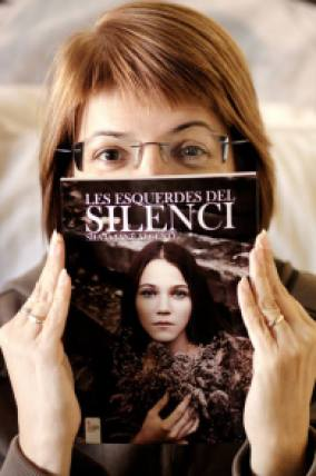 llibre_silvia_les_esquerdes_del_silenci